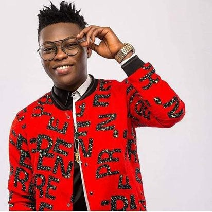 From Selling Blenders In Traffic, Reekado Banks Hawked His Way To Limelight