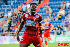 Super Eagles Striker Urges Osimhen To Snub Liverpool, Chelsea For Napoli; Sends Message To Rohr:: All Nigeria Soccer