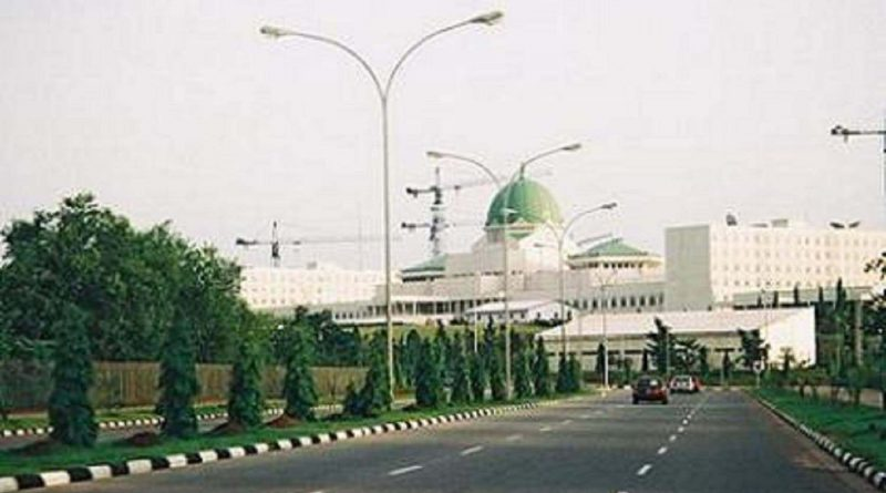 Shots fired to stop Buhari's aide gateway car ― Villa source