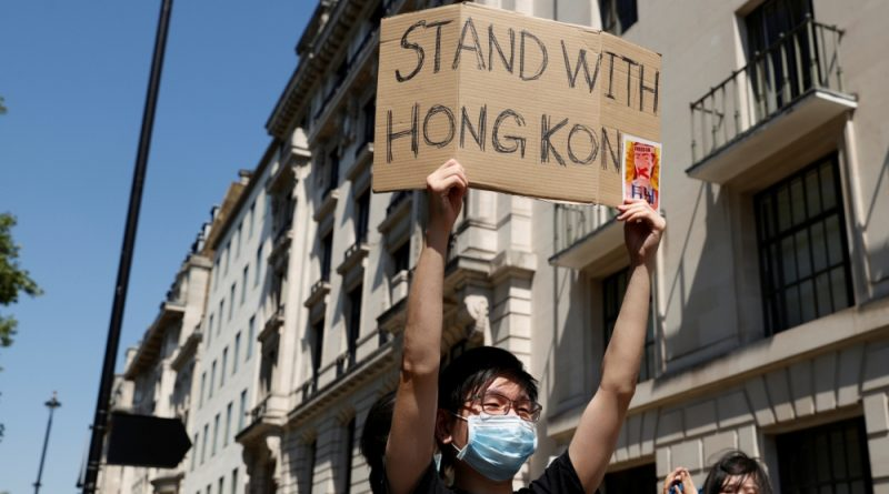 Hong Kong 'issues arrest warrants' for exiled democracy activists | China News