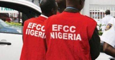 EFCC arrests suspected land scammers, internet fraudster in Akwa Ibom