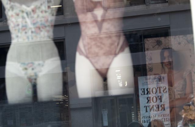 Victoria's Secret Preparing for Holidays – WWD