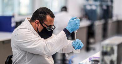 AstraZeneca resumes coronavirus vaccine trial: Live news | News