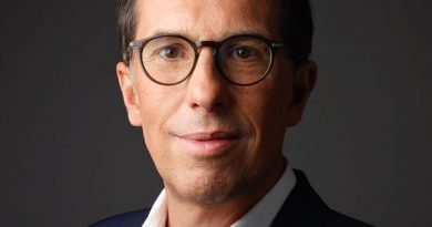 Power Moves   L'Oréal Appoints New CEO, Macy's Taps Consultant as CFO   News & Analysis, Power Moves