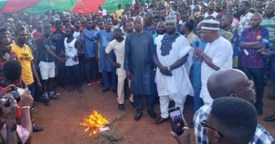 Buhari's Minister, Akume loses party chieftains, thousands of supporters to PDP in Benue